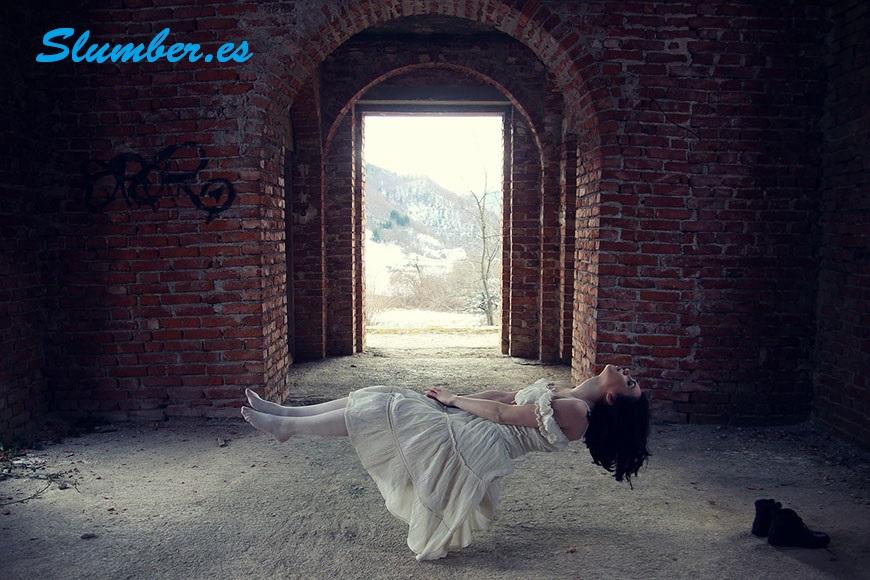 ¿Qué significan los sueños flotantes?